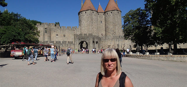 2/8  På besök i historian, Carcassonne