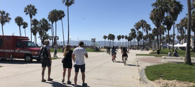 27/7  Beaches in LA