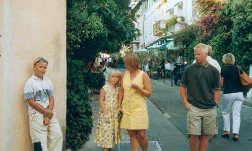 22/7  En dag på stranden som avslutades i St Tropez