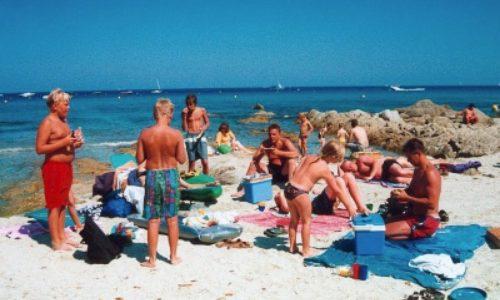 30/6  En dag på stranden och kväll i en Port Guillard