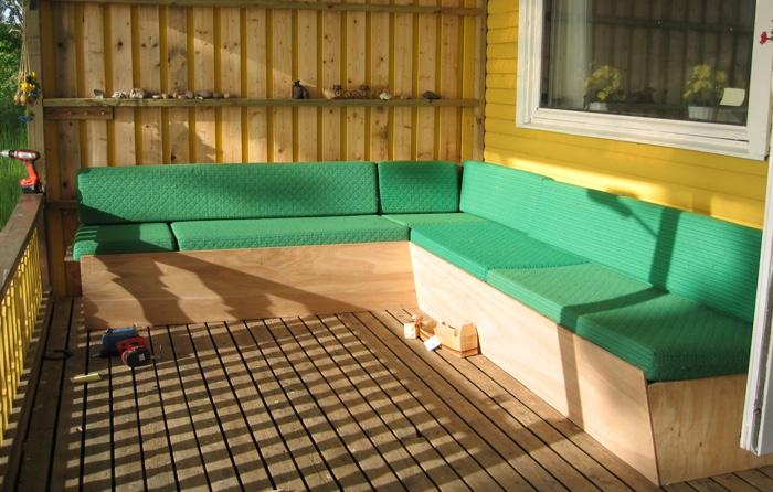 En soffa blir till